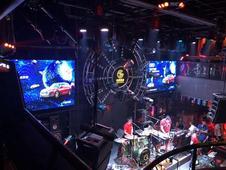 与无锡光音现场酒吧邂逅全新一代奥迪Q5L