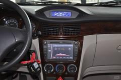 风神S301.6L 手动挡 冠军版中控台图片