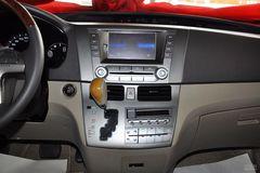 比亚迪M62.4L 自动 尊贵型尊稳版中控台图片