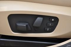 宝马X1sDrive18i座椅调节图片