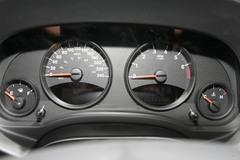 Jeep吉普指南者2.4L 运动版仪表板图片