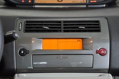 雪铁龙世嘉三厢1.6L 自动 时尚型中控台图片