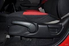 本田飞度1.3L 自动 舒适版座椅调节图片
