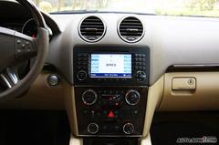 奔驰GL级GL450 经典型中控台图片