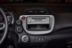 本田飞度1.3L 自动 舒适版中控台图片
