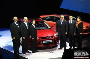 全新福克斯预售12.5-17.5万 车展后上市