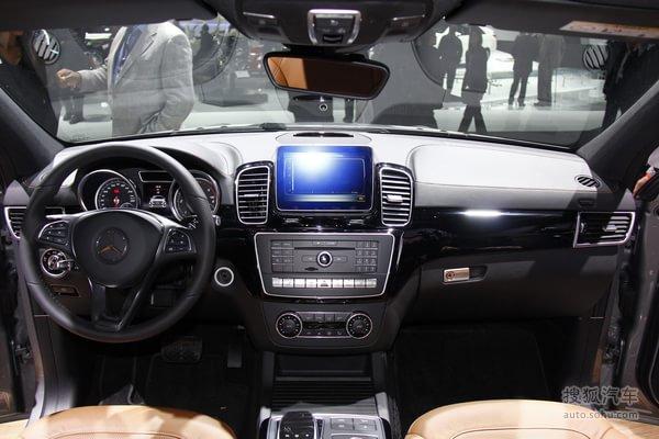 奔驰GLE350d Coupe北美车展实拍