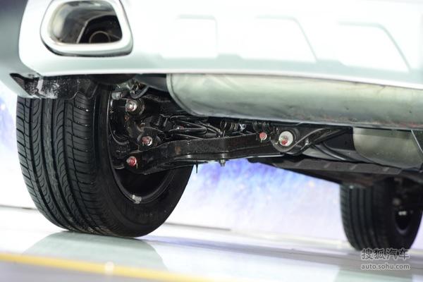 东南汽车增旗下首款SUV DX7广州车展首发高清图片