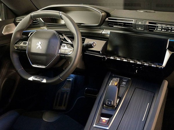 全新一代标致508实车首次亮相
