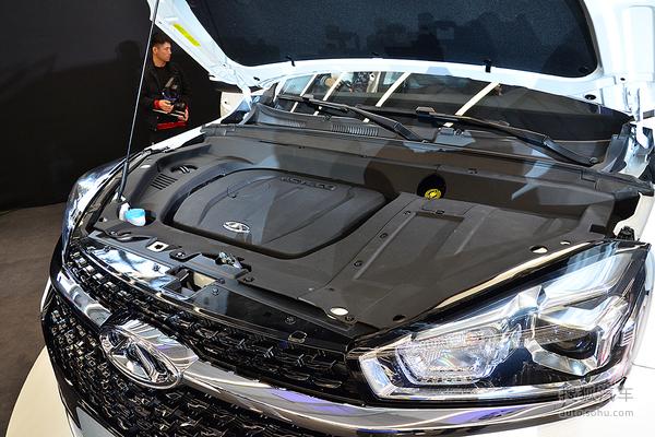 全文总结:作为一款中型SUV,瑞虎8在上市前就已经面对众多强敌,而要想在这个竞争逐渐激烈的细分市场中脱颖而出,内饰配置、动力总成以及最终售价都有着至关重要的作用。从目前的情况来看,瑞虎8将主打家庭市场,中型SUV尺寸加上7座布局,也十分符合二胎政策下中国消费者的用车需求,市场表现值得期待。