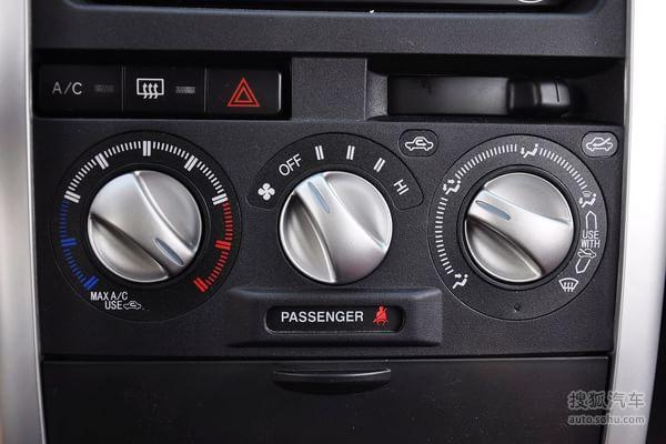 长城 长城 哈弗m2 车型介绍  长城哈弗m2的空调控制面板: 手动空调:全