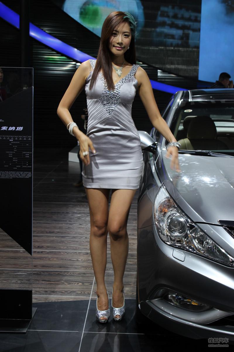 南京国际车展模特_【2012南京国际车展车模图片(1790812)】_美女车模图