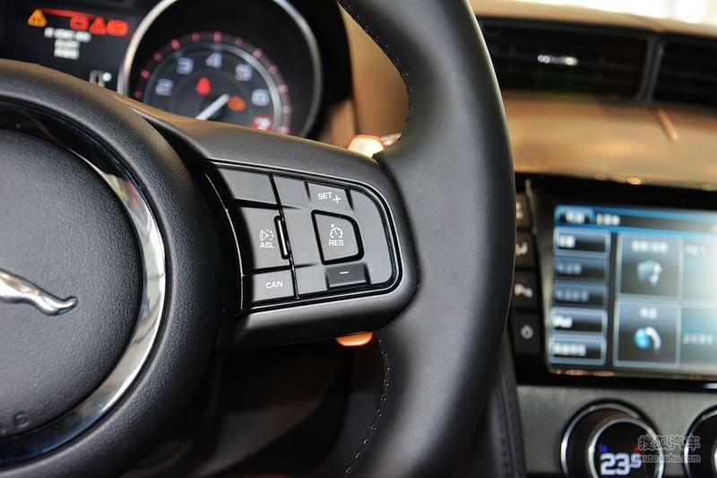 捷豹F Type Coupe高清图片