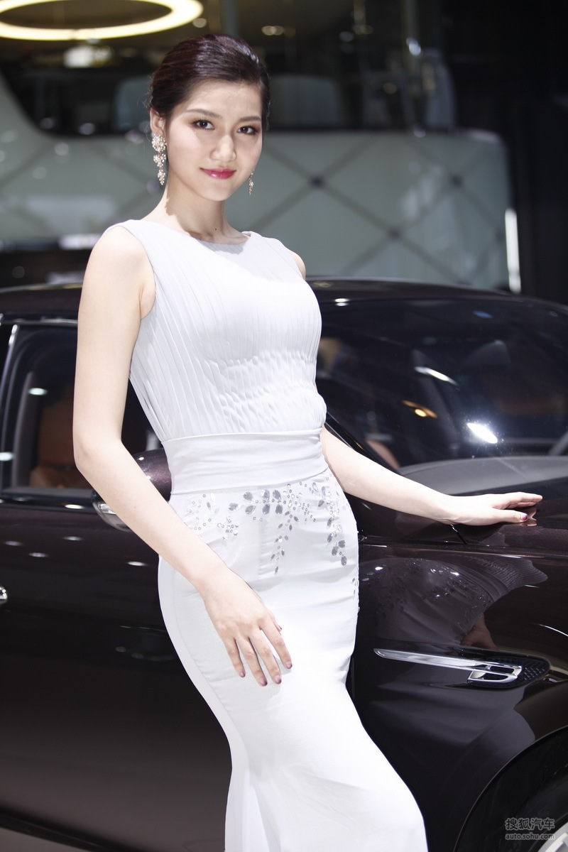宾利1号车模 2014北京车展 - zcyyglzx - zcyyglzx的博客