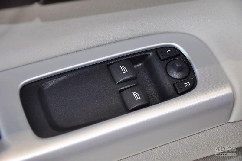 沃尔沃 进口沃尔沃 c30 2012款沃尔沃c30 2.0l aktiv高清图片