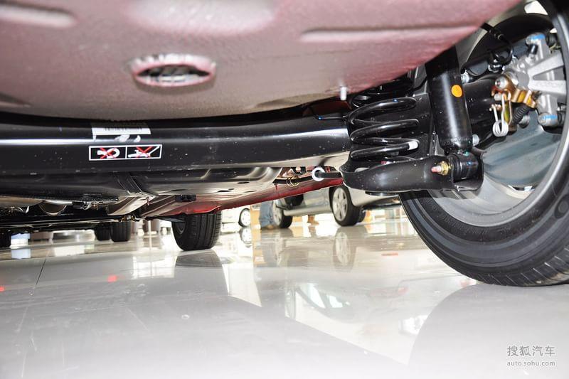 标致307两厢2012款1.6l 手自一体 舒适版底盘 动力t1311624图片 图库高清图片