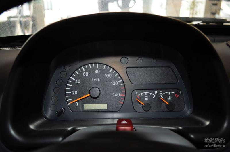 众泰 众泰汽车 江南tt 2010款江南奥拓0.8l手动标准型高清图片