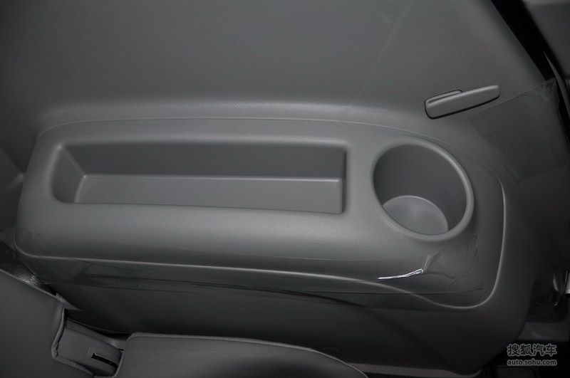 起亚进口起亚新佳乐2011款起亚新佳乐2.0l 7座舒适版 高清图片