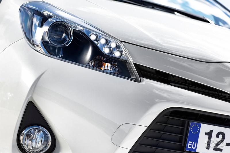 豐田 進口豐田 雅力士hybrid 2012款豐田雅力士hybrid高清圖片