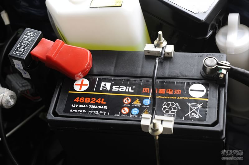 一汽天津一汽夏利n3 三厢2009款夏利n3 三厢1.0l手动无助高清图片