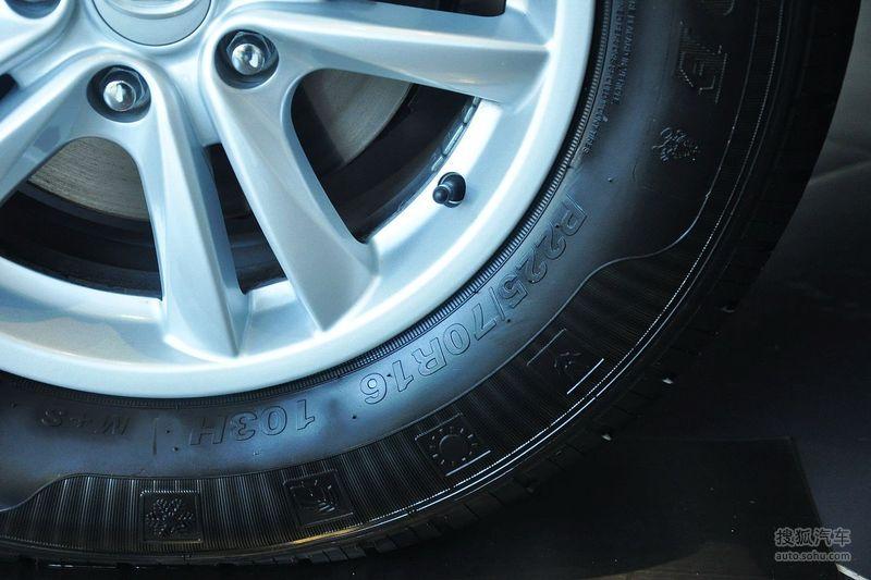 华泰华泰汽车圣达菲2012款华泰圣达菲1.8t手动导航版 高清图片