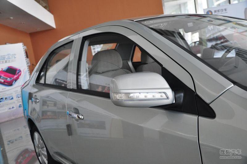 英伦汽车金刚2010款1.5L 无敌型外观丝缎银m896696图片高清图片