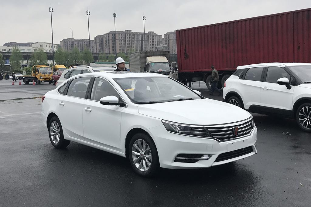 2017上海车展探营:荣威i61.0t版本江淮康铃k5和x5哪个好图片