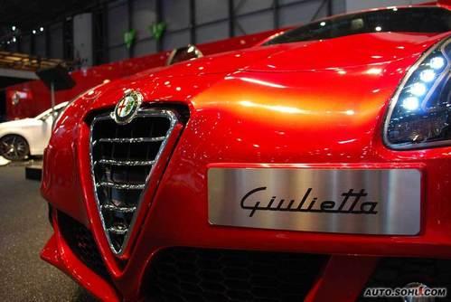 阿尔法罗密欧 Giulietta 图片 外观 图片