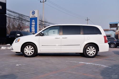 2013款克莱斯勒大捷龙3.6L豪华版到店实拍
