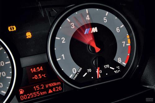 《汽车画报》试驾BMW 1M