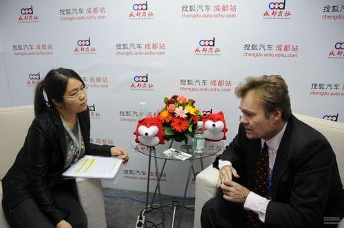 搜狐汽车专访财富杂志中国分社社长亚洲主编 鲍比尔
