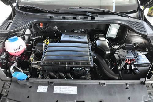 2013款大众全新捷达1.6L自动舒适型