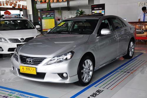 2011款一汽丰田新锐志2.5V风尚箐英版