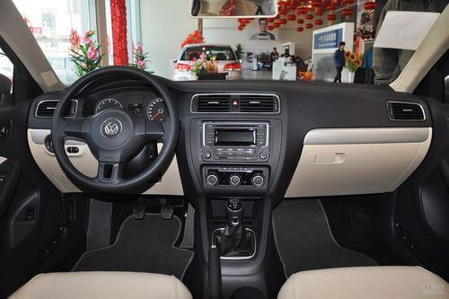 2012款大众速腾1.6L手动舒适型