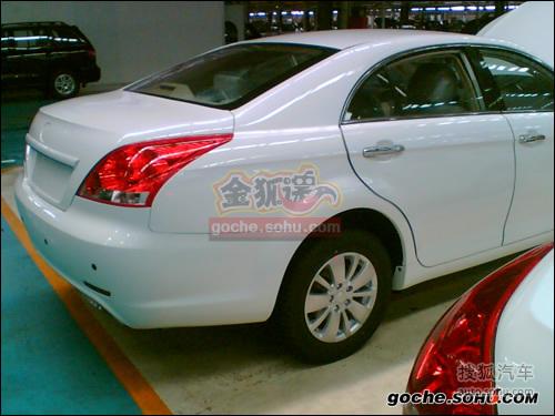 2010款华泰元田B11柴油版谍照