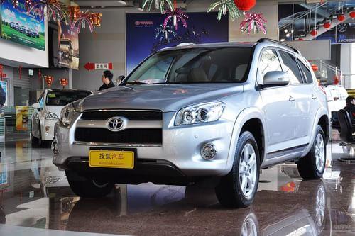 2012款丰田RAV4 2.4L自动至臻导航版