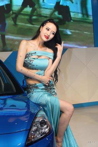 长安展台车模2012成都车展