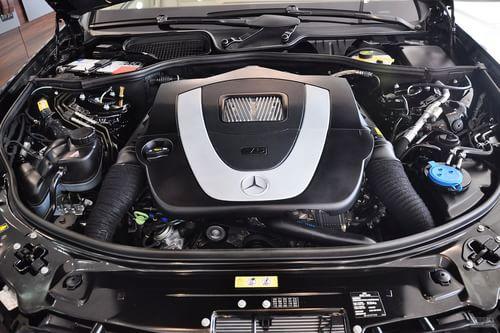 2012款奔驰S300L商务减配版