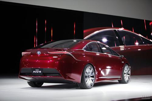 丰田NS4 Plug-in Hybrid概念车北美车展实拍