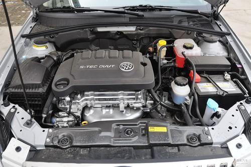 2013款别克凯越 1.5L自动经典型