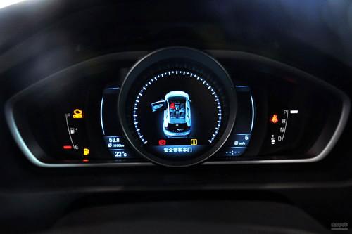 2014款沃尔沃V40 2.0T智雅版