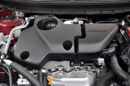2012款东风日产奇骏 2.5L XV四驱尊享版