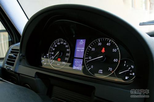 《世界汽车》试驾奔驰G500