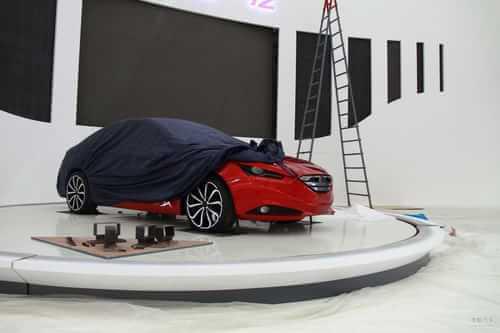 一汽奔腾B30概念车 2011上海车展探营实拍