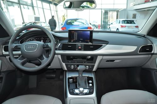 2012款奥迪A6L TFSI标准型