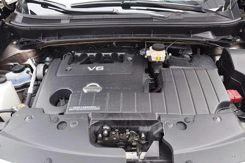 2011款东风日产楼兰 3.5L V6