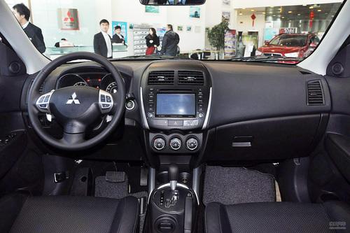 2012款三菱劲炫2.0L两驱导航炫逸版