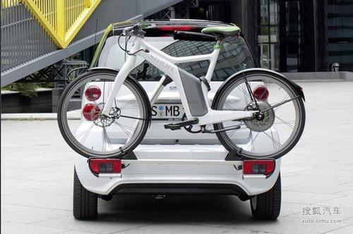 奔驰smart电动车和电动自行车高清图片