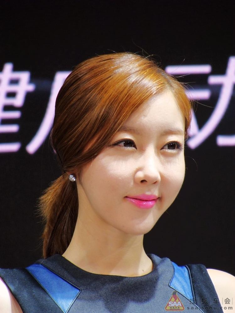 2013长春国际车展车模特写