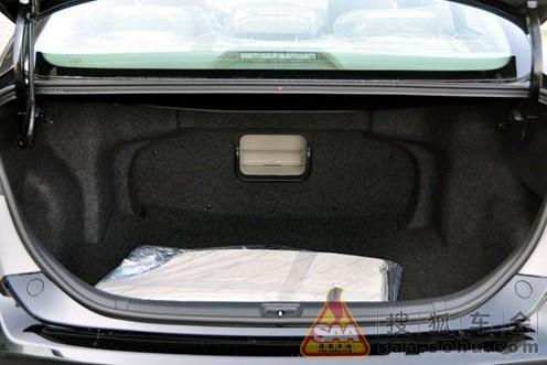 不同的车后备箱打开方式也不同图片